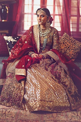 This gorgeous lady here is an epitome of an Indian bride.