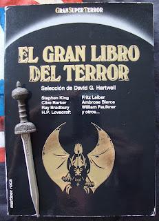 Portada del libro El gran libro del terror, de varios autores
