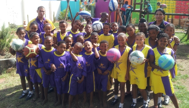 Hollywoodbets Oudtshoorn St. Luigi Scrosoppi Sorgsentrum - Sports Kit Donation