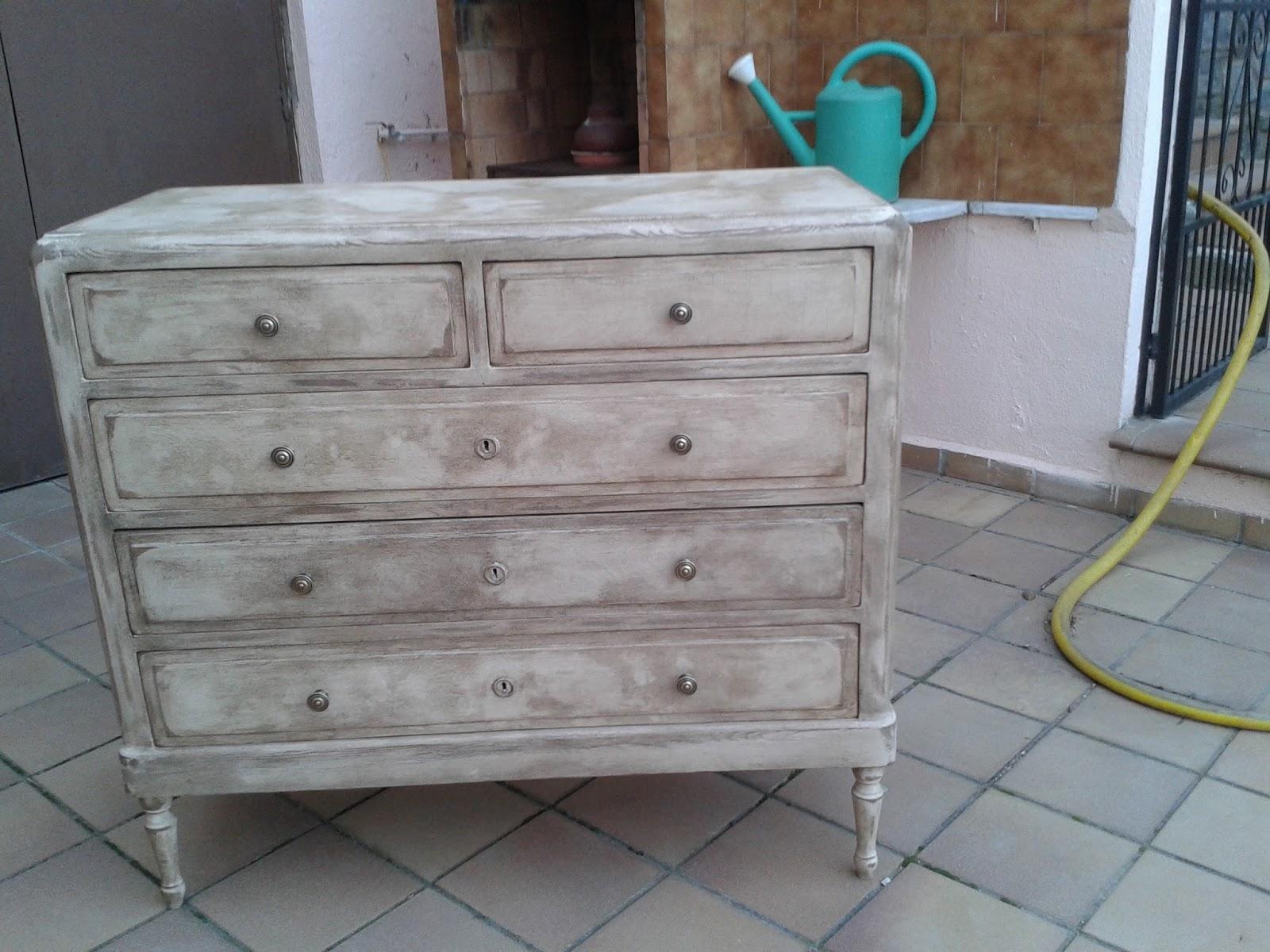 Restaurando en mi taller muebles diferentes comoda - Pintura ala tiza leroy merlin colores ...