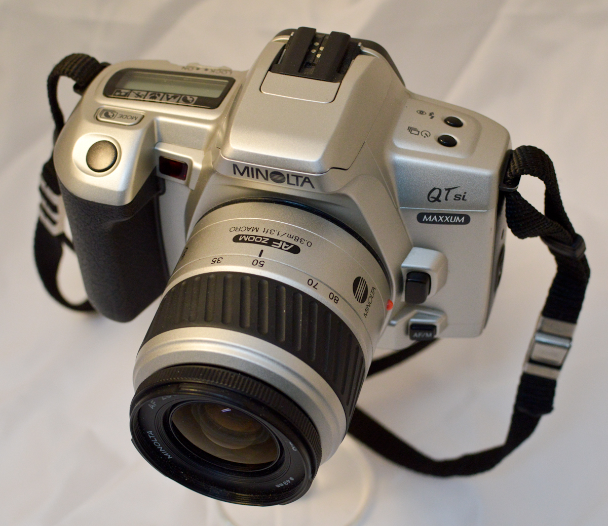 Random Camera Blog A P Amp S Slr The Minolta Maxxum Qtsi border=