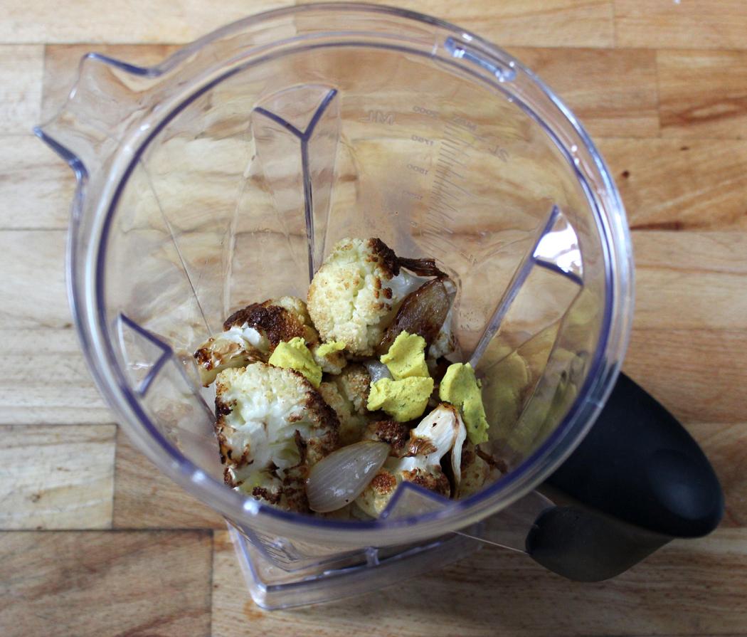Cauliflower Soup Ingredients in Blender Jug