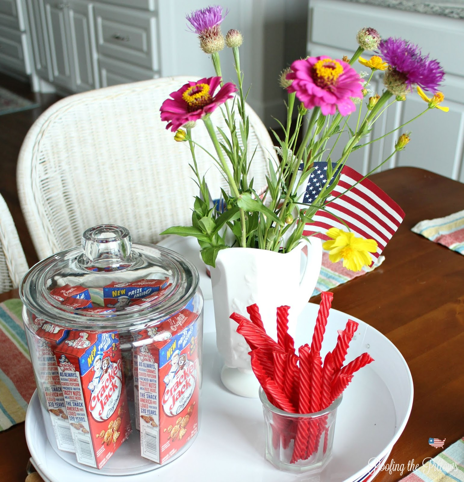 patriotic tablescape and recipe for Crunchy Cookies