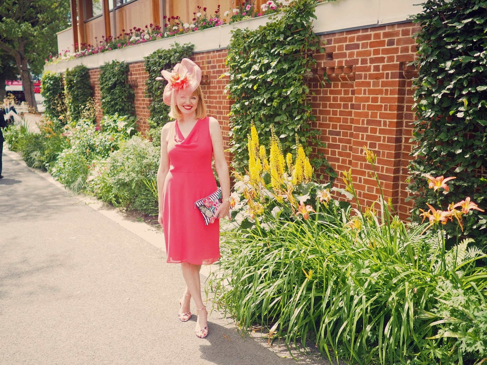 York Races outfit coral dress fascinator floral shoes