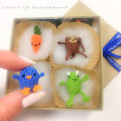Alexandria Gold Illustration Alexandria Gold children's books illustration Ria Art World Crochet Amigurumi Miniature Handmade Crafting