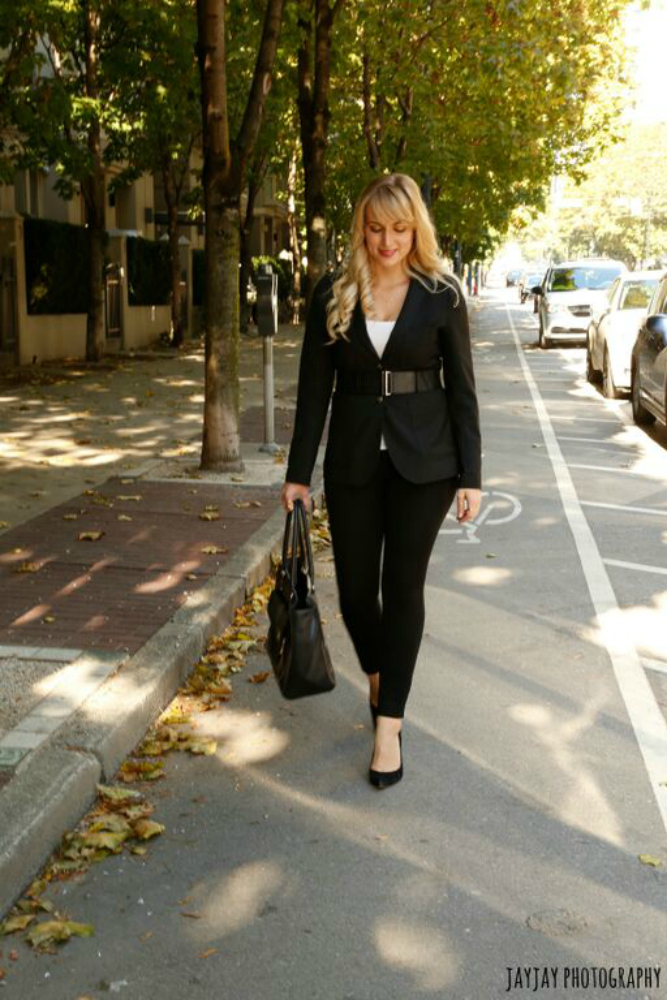 womens office wear belted blazer