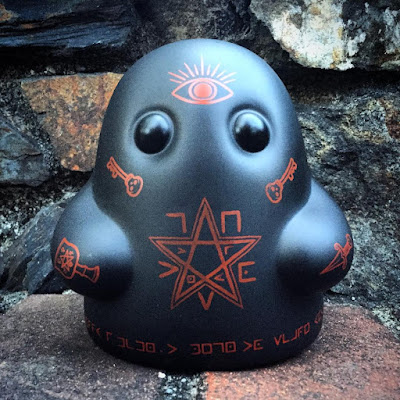 New York Comic Con 2017 Exclusive Death Cult Tiny Ghost Vinyl Figure by Reis O'Brien (of Bimtoy) x Bottleneck Gallery