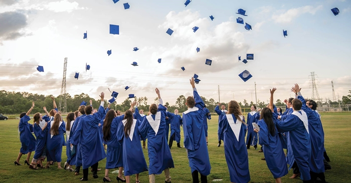 graduation cap toss ♥