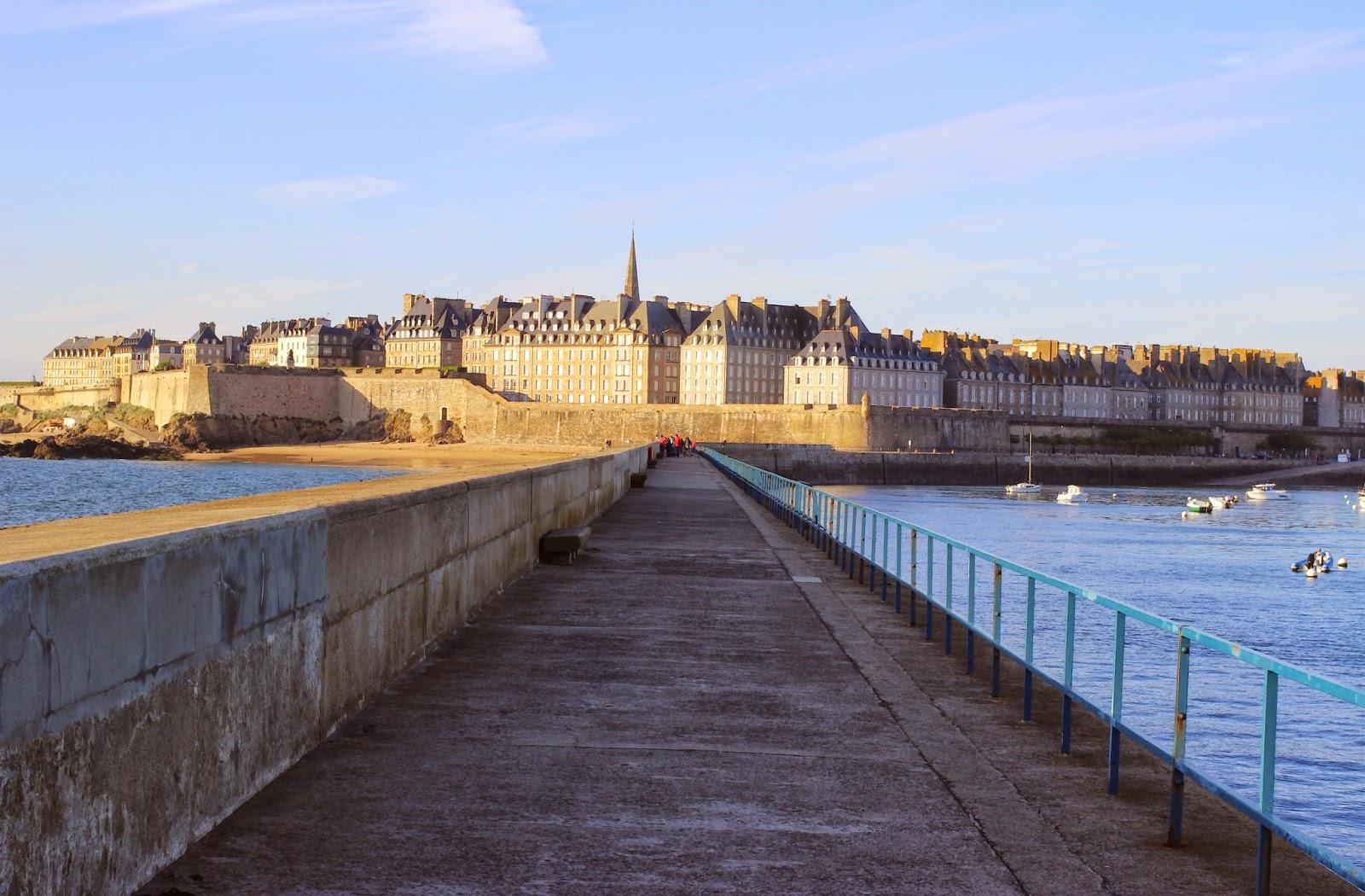 Le Chameau Bleu - Blog Voyage Saint Malo France - Saint Malo depuis son phare - Bretagne - france