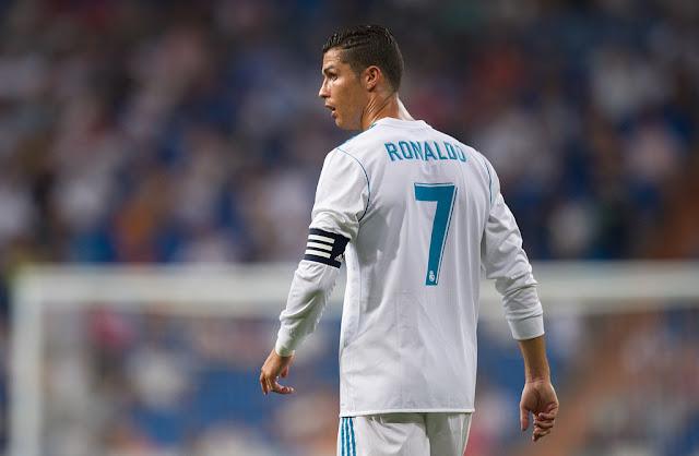 مصادر صحفية إسبانية تؤكد بقاء كريستيانو رونالدو مع ريال مدريد حتى نهاية مسيرته