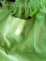 Pantone 2017 Greenery; falda sencilla con vuelo DIY