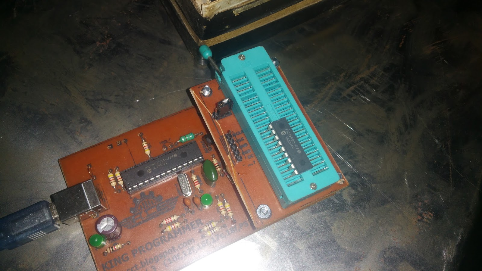 Acesolutions Pickit 2 Clone Programmer 1 Circuit Diagram Fig6 18 Pin Uc Configration