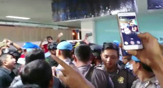 Ditolak Di Bandara Supadio Kalbar, Perwakilan FPI Dipaksa Kembali ke Jakarta Menggunakan Pesawat Citilink