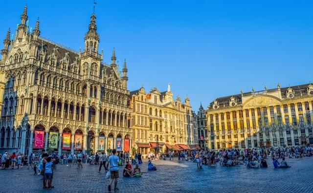 Grand Palace Belgia Tempat Wisata Eropa