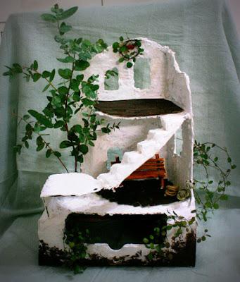 廃墟のドールハウス