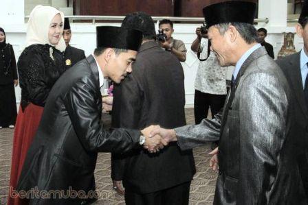 Akino gantikan Abdul Kadir