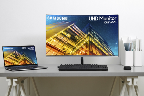 "CES 2019: SAMSUNG announces UR59C 32"" (world's first 32-inch curved 4K UHD monitor)"