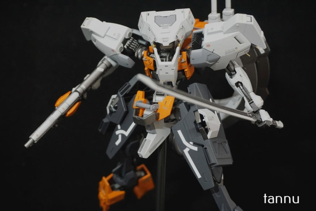 Custom Build: HG 1/144 Hugo [Detailed]