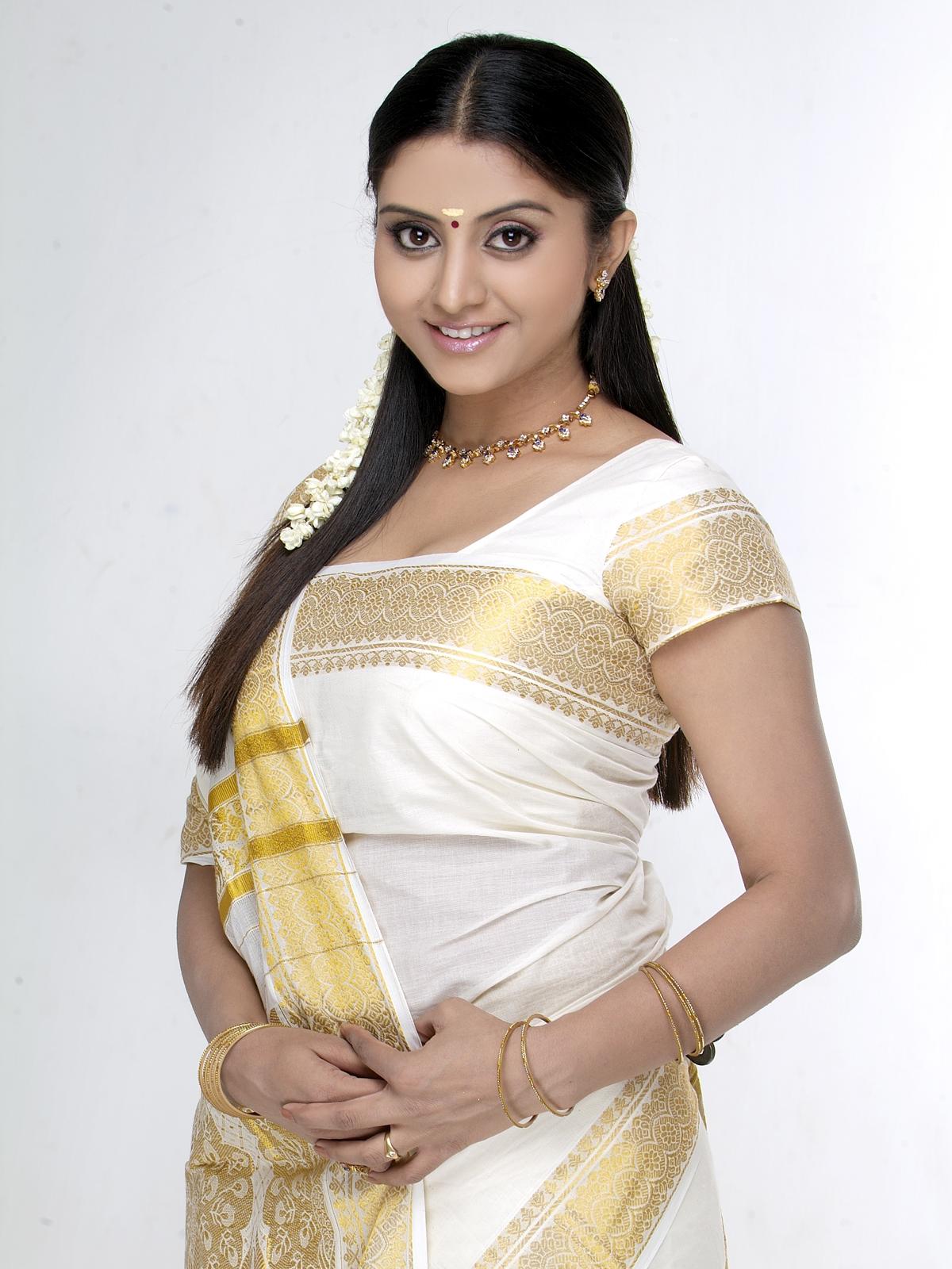 Sensuous indian beauty saree striptease - 2 part 5