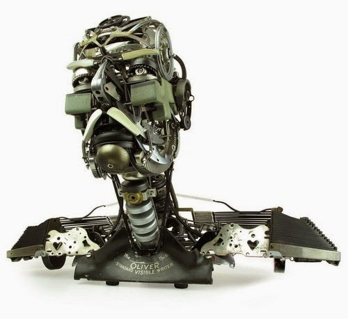 04-Jeremy Mayer-Typewriter-Robot-Sculptures-www-designstack-co