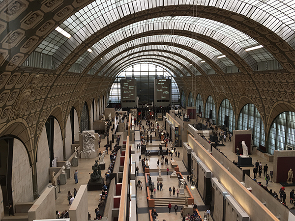 Musee d'Orsay building interior