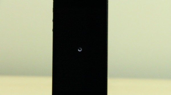 Non-Jailbreak-Respring-Glitch-600x334 Respring Icon, perform resprings by pressing an icon (Cydia) Technology