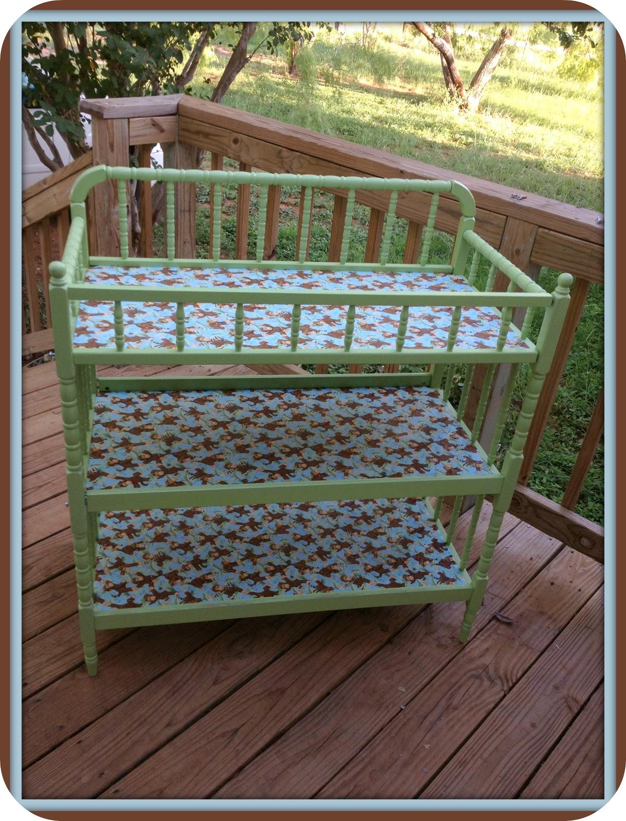 fresh juniper diy baby changing table makeover a tutorial. Black Bedroom Furniture Sets. Home Design Ideas