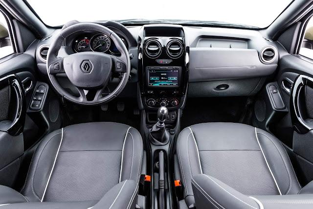 Renault Duster Oroch 2016 interior