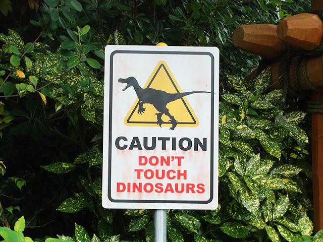 Universal Studios Japan Jurassic Park Schild