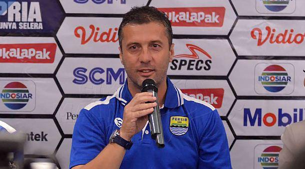 Radovic: Kalah dari PS Tira Permainan Terbaik Persib
