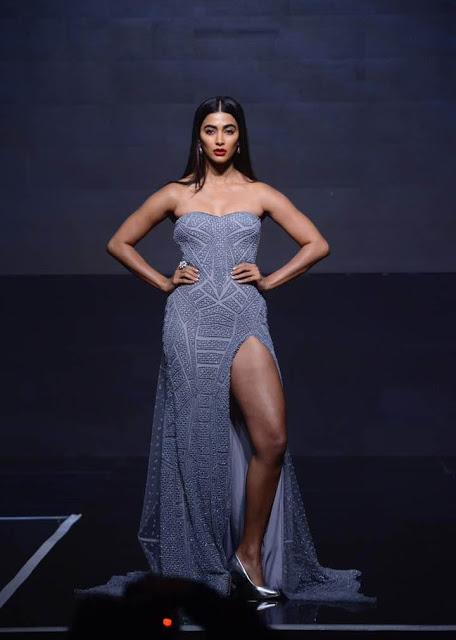 Pooja Hegde Latest Spicy Hot Stills