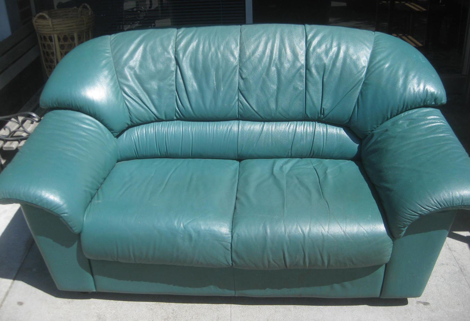Uhuru Furniture Amp Collectibles April 2013