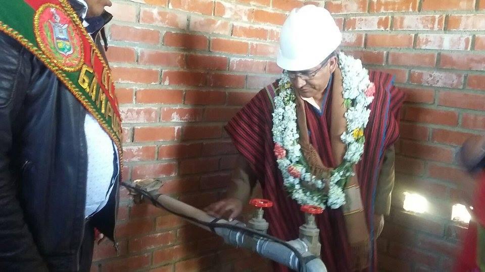 Gobernador también inauguró pozo de rehabilitación de distribución de agua