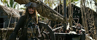 Johnny Depp in Pirates of the Caribbean: Dead Men Tell No Tales (32)