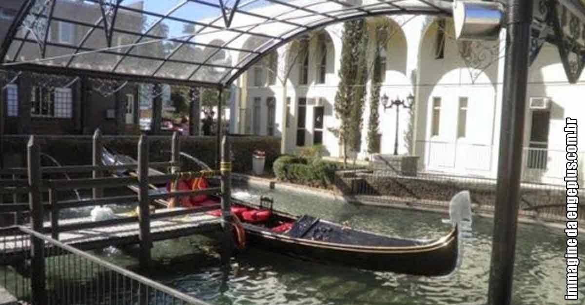 Immagine della gondola di Nova Veneza