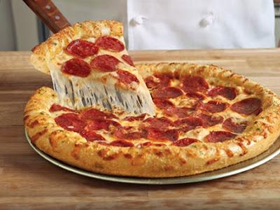DOMINO-PIZZA-MAKE