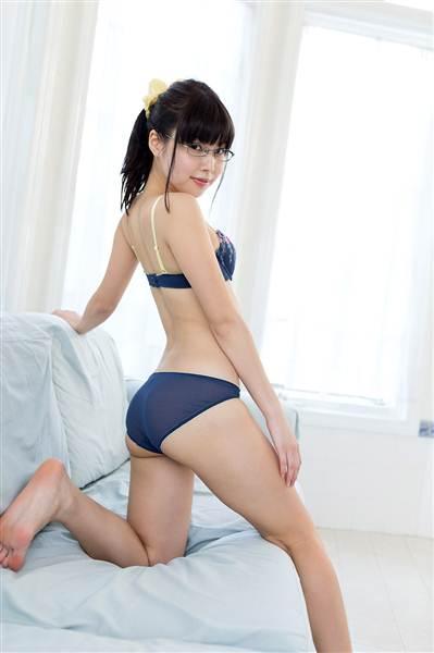 Hot Japanese AV Girls Yurina Ayashiro