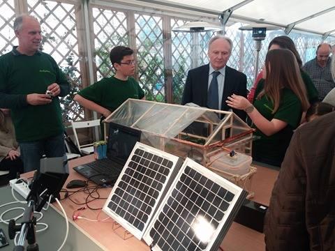 Εντυπωσιασμένος ο Γ. Ανδριανός από τις κατασκευές των μαθητών στον Περιφερειακό Διαγωνισμό Εκπαιδευτικής Ρομποτικής Πελοποννήσου