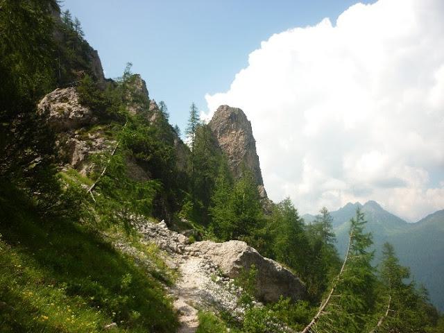 rifugio velo della madonna escursione
