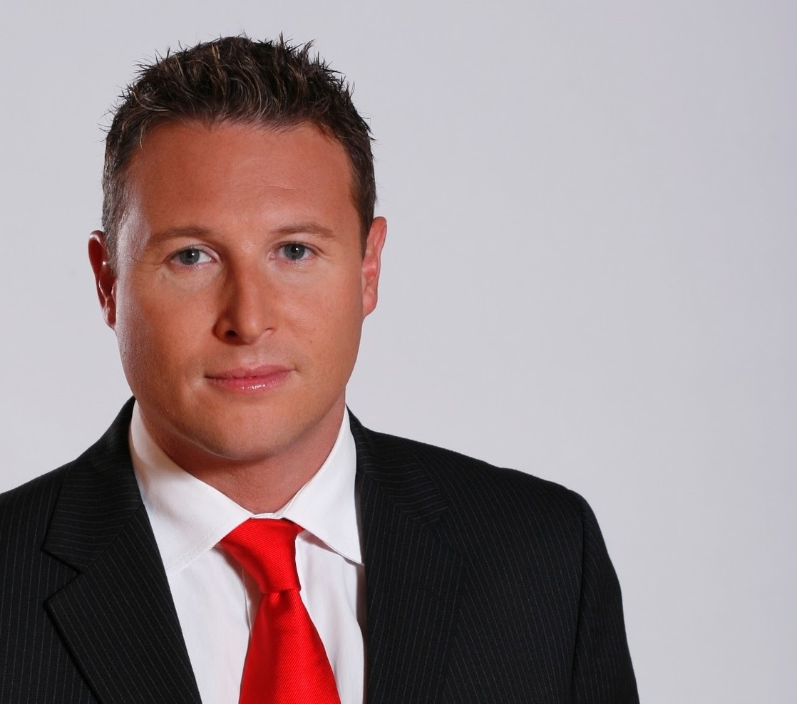 Tv With Thinus Veteran Reporter Andrew Barnes Leaves Enca