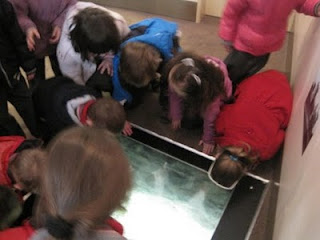 Junior Infants class,  Ennis National School, on a visit to the Clare Museum #2
