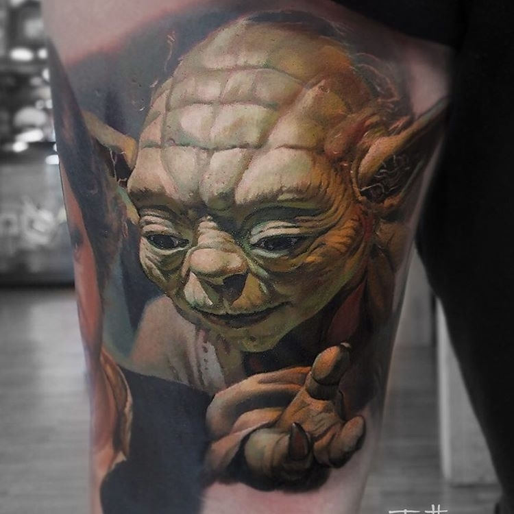 02-Yoda-Star-Wars-Valentina-Ryabova-Art-and-Realism-in-Tattoo-Drawings-www-designstack-co