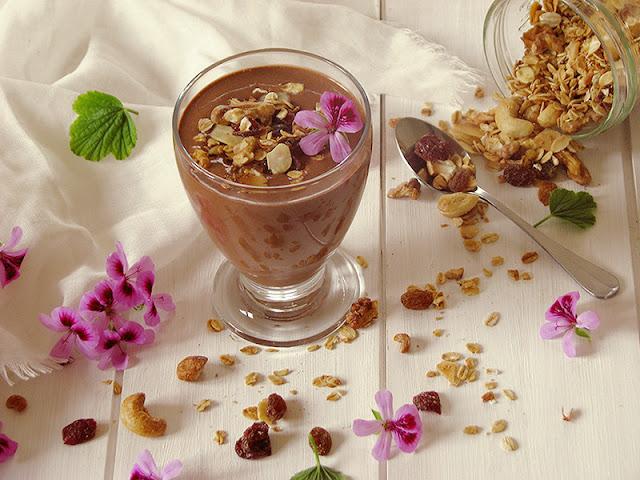 Recette de boisson bio à l'avoine crue et au cacao aromatisée à l'orange