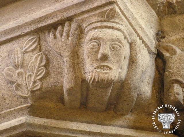 JOSSELIN (56) - Basilique Notre-Dame du Roncier (XIIe-XVIe siècles) (Intérieur)