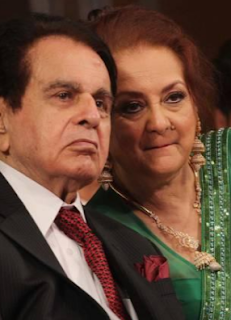 dilip kumar age,children,date of birth,son,dead,family,death,house,biography,autobiography,actor,siblings,children name,saira banu,