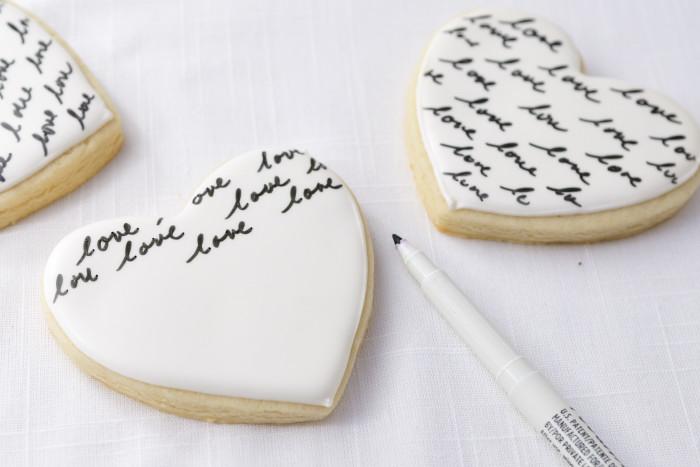 Haniela's: Heart Monogram Cookies