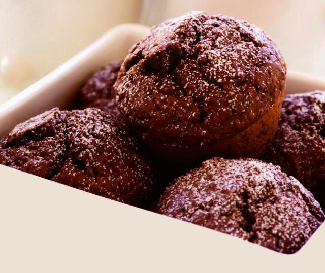 Свекольные кексы с шоколадом и грецкими орехами