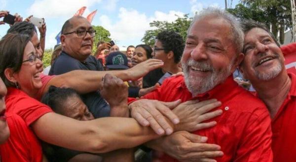 Brasileños lanzarán campaña en apoyo a Lula da Silva