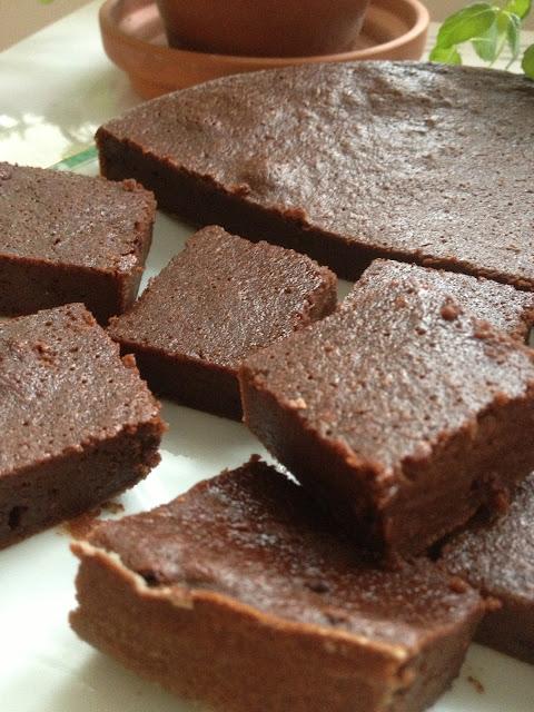 Sweet Kwisine, fondant, chocolat, gateau, moisty, cake, compote de pommes