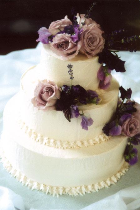 Noriiiisk's De'Litez: Simple & Sweet Cupcakes & Wedding Cakes